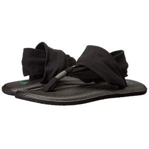 Sanuk Yoga Sling 2 Black Yoga Mat Sandals